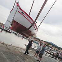 Grutage de L'Artesien, pointu Toulonnais à la lagune du Brusc