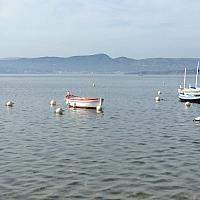 L'Artésien au mouillage à la lagune du Brusc
